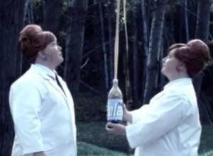 Com hem-tanterna gör fyrverkerier med Menthos och Cola alá YouTube